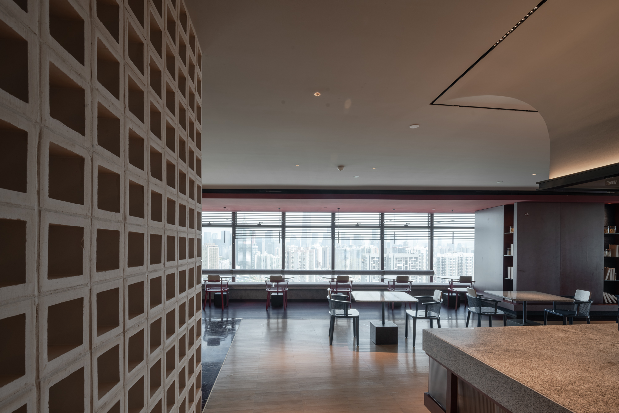 10餐厅视觉.jpg