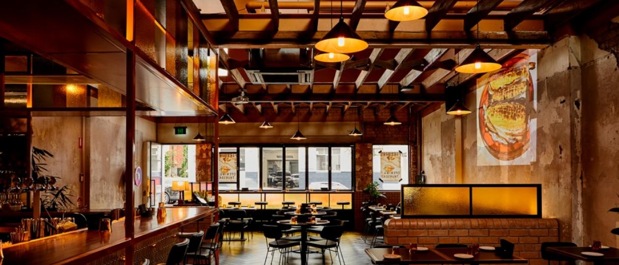 澳大利亚火鸟餐厅 融入复古材质和波普艺术